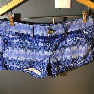 American Eagle patterned shorts
